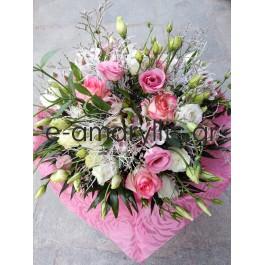 Μπουκέτο λουλουδιών μίξ σε ροζ αποχρώσεις