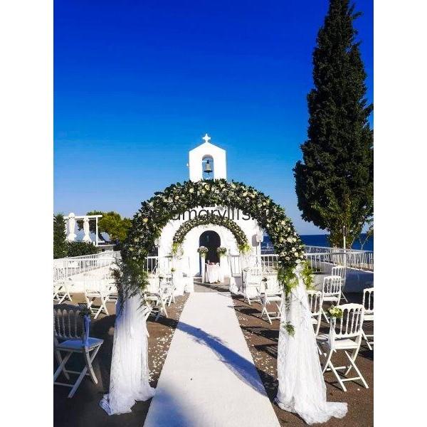 Γάμος στον Άγιο Ανδρέα με αψίδες