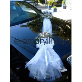Στολισμός γαμήλιου αυτοκινήτου με ροζ-λευκό τριαντάφυλλο