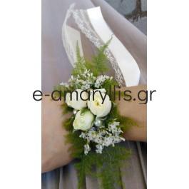 Βραχιολάκι για παρανυφάκι με λευκό μινιόν τριαντάφυλλο